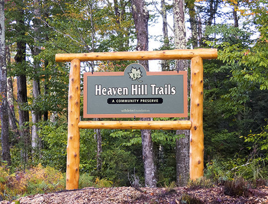 Heaven Hill Trails road sign on the Bear Cub Road (1 October 2015)